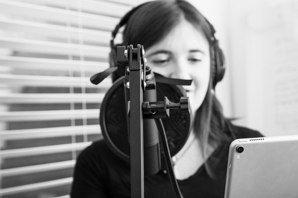 Debs Wardle - Voice Artist